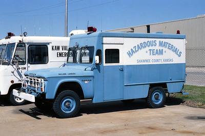 SHAWNEE COUNTY KS HAZMAT 10   1960  DODGE 4x4 - FD BUILT   X- MILITARY AMBULANCE