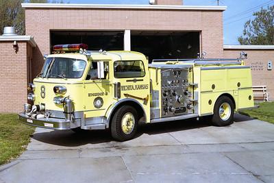 WICHITA FD  ENGINE 8  1982  ALF CENTURY   1250-500