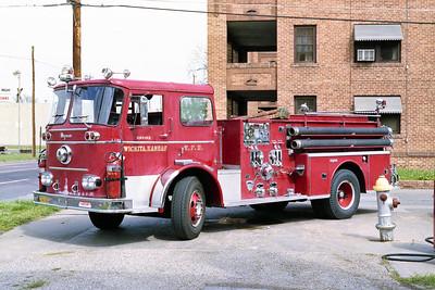 WICHITA FD  ENGINE 41R  1965  SEAGRAVE   1250-500