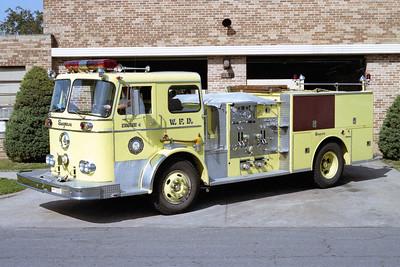 WICHITA FD  ENGINE 4  1968  SEAGRAVE   1000-500