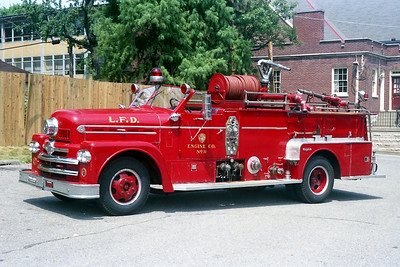 LOUISVILLE FD KY   ENGINE 11  SEAGRAVE