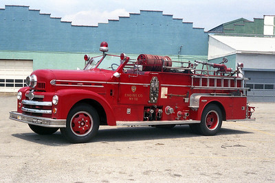 LOUISVILLE FD KY   ENGINE 18  SEAGRAVE