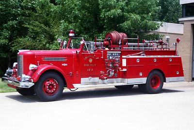 LOUISVILLE FD KY   ENGINE 3  PIRSCH