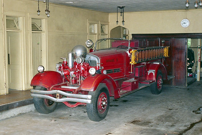 WORCESTER FD MA  ENGINE SPARE 3  1939  AHRENS FOX   750-0