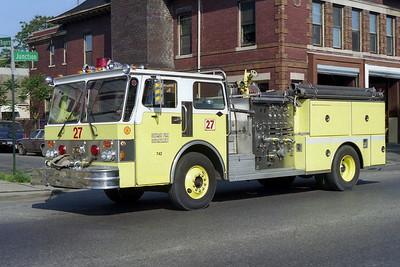 DETROIT FD  ENGINE 27  1986  SPARTAN - SUTPHEN   1250-500