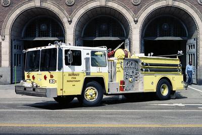 DETROIT FD  ENGINE 1  1982  HENDRICKSON - GRUMMAN   1250-500