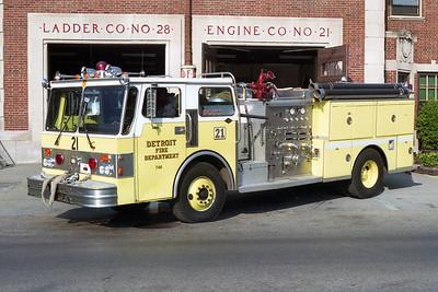 DETROIT FD  ENGINE 21  1986 SPARTAN - SUTPHEN   1250-500