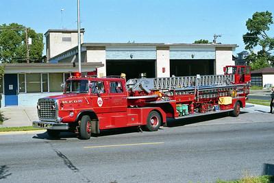 MINNEAPOLIS FD MN  TRUCK 3  1978  FORD L8000 - 1963  PIRSCH   100' TDA
