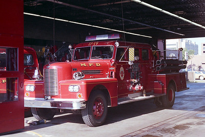 MINNEAPOLIS FD MN  ENGINE 19-SP  1964  PIRSCH   1250-500
