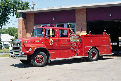 MINNEAPOLIS FD MN  ENGINE 2  1977  FORD L8000 - GENERAL SAFETY   1250-500