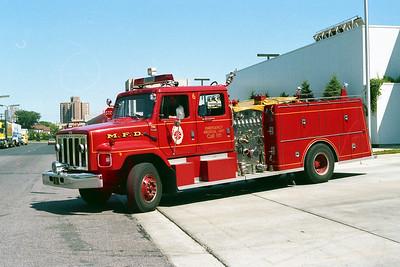 MINNEAPOLIS FD MN  ENGINE 6  1981  IHC S - GENERAL SAFETY   1250-500