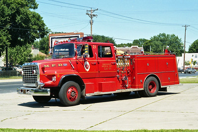 MINNEAPOLIS FD MN  ENGINE 21  1977  FORD L8000 - GENERAL SAFETY   1250-500