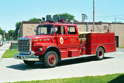 MINNEAPOLIS FD MN  ENGINE 12  1974  FORD L8000 - 1981  GENERAL SAFETY   1250-500