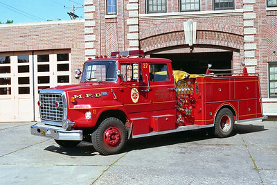 MINNEAPOLIS FD MN  ENGINE 27  1974  FORD L8000 - 1981  GENERAL SAFETY   1250-500