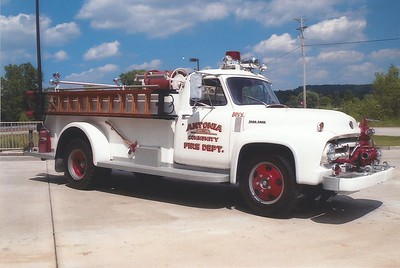 Antonia FPD MO - Engine 5361 - 1953 Ford F 600-Towers 500-750