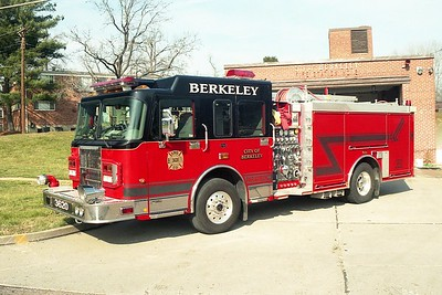 Berkeley MO - Engine 3620 - 2003 Spartan Gladiator-Smeal 1500-500-50F #032020