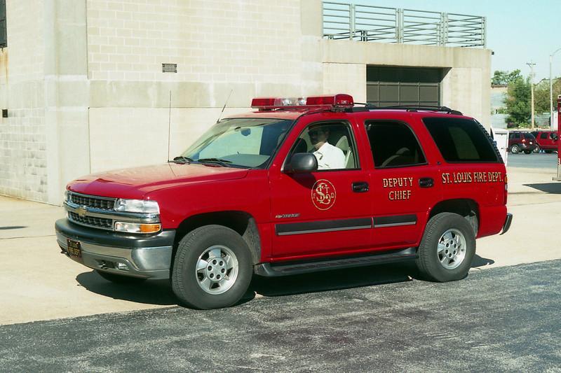 DEPUTY CHIEF 810