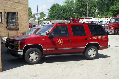 EMS CAR 702