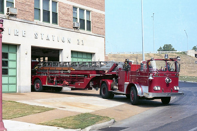 ST LOUIS  H & L16  SEAGRAVE  TDA  BACKING IN