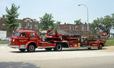 ST LOUIS FD  HOOK % LADDER 7  1956  ALFCO 800   100' TDA   1977 IFBA CONVENTION
