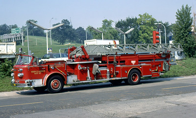 ST LOUIS FD  HOOK & LADDER 12  1968  ALFCO 900   100' MIDMOUNT   1977 IFBA CONVENTION