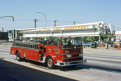 ST LOUIS FD MO  SNORKEL 3  1960  IHC - TOWERS   85' SNKL
