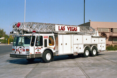 LAS VEGAS FD  NV  LADDER 1  E-ONE HURRICANE   110'  AL