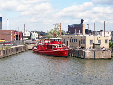 BUFFALO FD  ENGINE 20  FIREBOAT  EDMUND COTTERpg