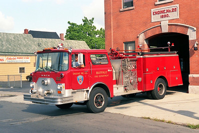 BUFFALO FD  ENGINE 22  1980  MACK CF   1250-500