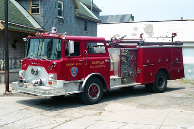 BUFFALO FD  ENGINE 19  1980  MACK CF   1250-500