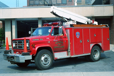 BUFFALO FD  COMMUNICATIONS   F-124  1986  GMC - E-ONE