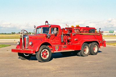 GREATER BUFFALO NIAGRA AIRPORT NY  ENGINE 7  1952  MACK L95  1000-500-100F