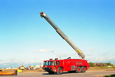 GREATER BUFFALO NIAGRA AIRPORT  CFR 6  1980  E-ONE TITAN   1500-3000-180F-55' TSQT   TELESQURT RAISED