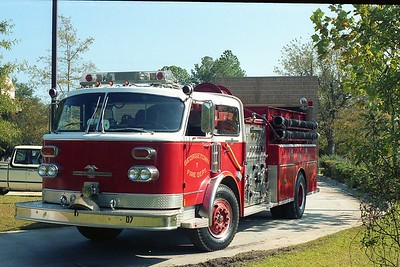Georgetown SC - Engine 7 - 1981 Century 1250-1000 CE-9192