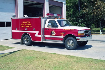Midway SC - Medic 12 - 1993 Ford F-E One