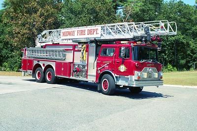Midway SC - Ladder 10 - 1988 Mack CF-E One 1500-300 80' Rmt #6136 (2)