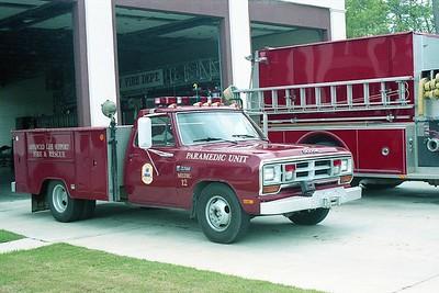 Midway SC - Medic 12 - 19xx Dodge-Unk