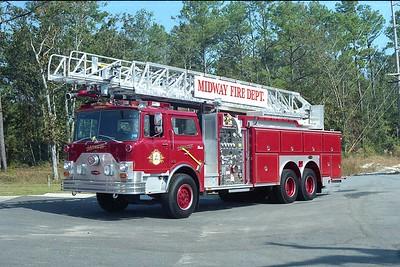 Midway SC - Ladder 10 - 1988 Mack CF-E One 1500-300 80' Rmt #6136 (1)