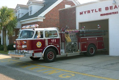 Myrtle Beach SC - Engine 111 - 1982 Century 1500-500 CE-7564
