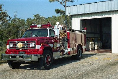 Myrtle Beach SC - Engine 131 - 19xx GMC-E One 1500-500
