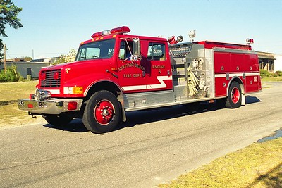 Surfside Beach SC - Engine 3 - 1994 IHC-KME 1500-750
