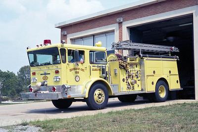 NASHVILLE FD  ENGINE 25  1976  ALF PIONEER   1000-500