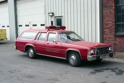 NASHVILLE FD  CAR  FORD LTD WAGON   SPARE BATTALION CHIEF CAR