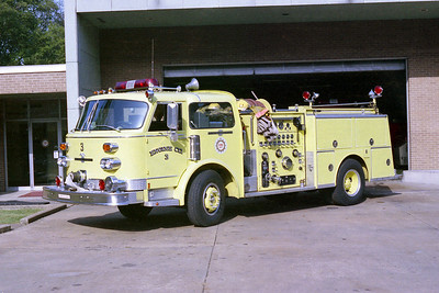 NASHVILLE FD  ENGINE 3  1977  ALF CENTURY   1500-500