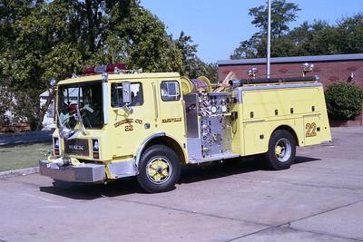 NASHVILLE FD  ENGINE 22  1982  MACK MC   1250-750