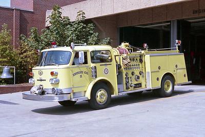 NASHVILLE FD  ENGINE 2  1977  ALF CENTURY   1500-500