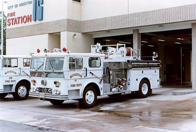 Houston  Engine 18  WLF P-80