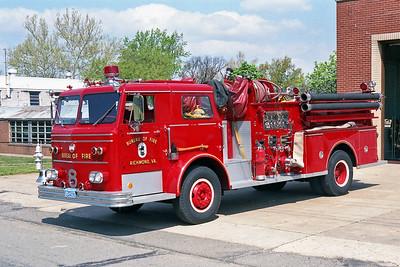 RICHMOND BUREAU OF FIRE  ENGINE 8  1970  MAXIM F   1000-300