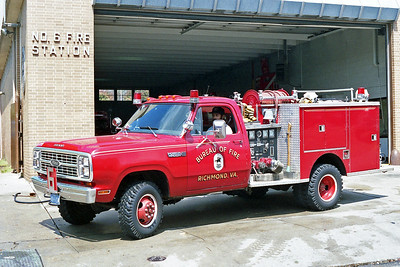 RICHMOND BUREAU OF FIRE  ATTACK 6  1979  DODGE POWER WAGON 400 4X4 - PIERCE   400-250