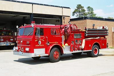 RICHMOND BUREAU OF FIRE  ENGINE 24  1970  MAXIM F   1000-300